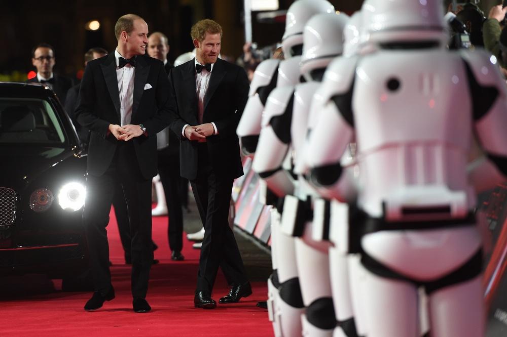 Принц Уильям и принц Гарри на премьере фильма