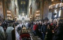 Церемония прощания с экс-депутатом Госдумы Денисом Вороненковым во Владимирском соборе, Киев, 25 марта