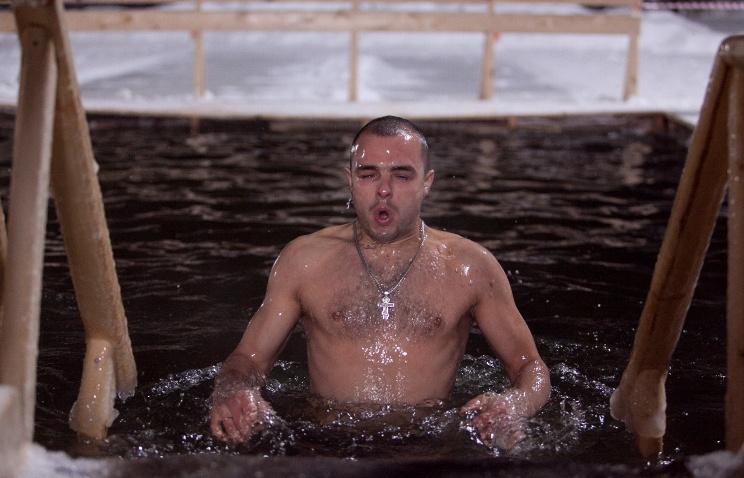 В российской столице вкрещенских купаниях могут принять участие 110 тыс. человек