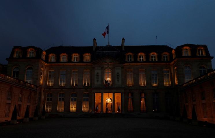 Напраймериз французских социалистов победил Бенуа Амон