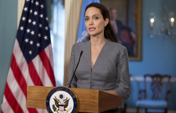 Анджелина Джоли обвинила внетерпимости миграционную политику президента Трампа