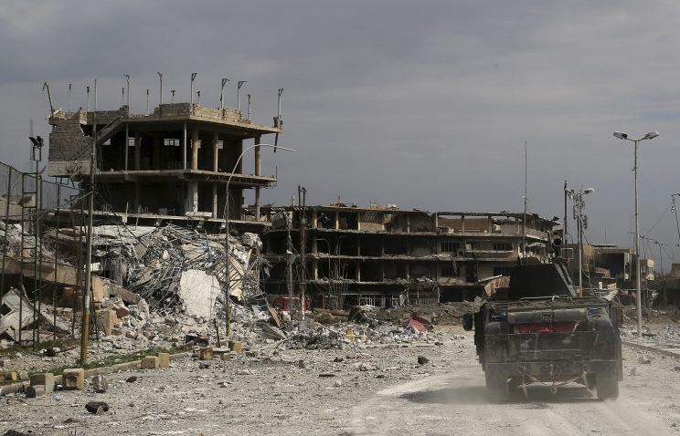 Военные Ирака отбили убоевиковИГ неменее трети западного Мосула