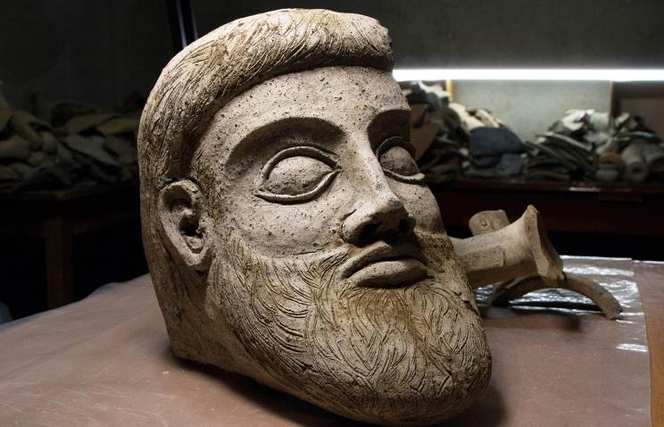 Археологи отыскали голову античной скульптуры настройке Керченского моста