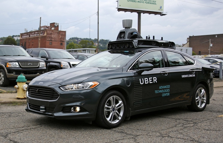 Uber остановила тестирование собственных беспилотных авто после смертоносного ДТП